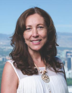 Mónica Arandia  Directora Mentoría